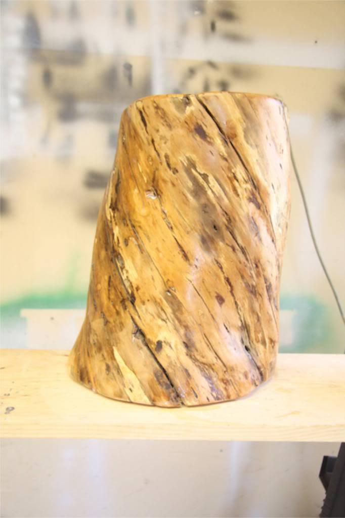 Easy tree stump side table