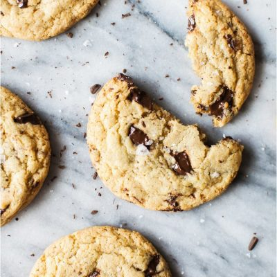 Gluten+Free+Chocolate+Chip+Cookies+with+Sea+Salt+-+Feast+&+Dwell