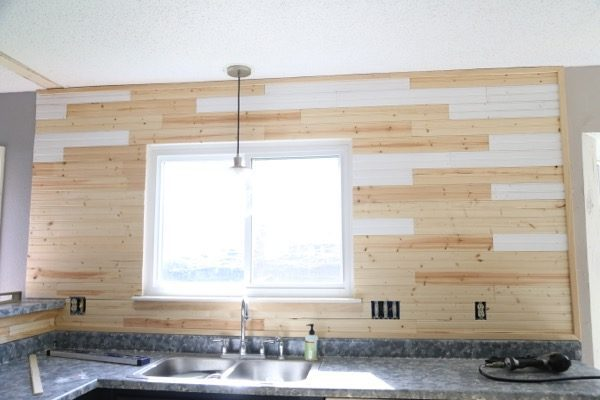 how to install a beadboard kitchen backsplash