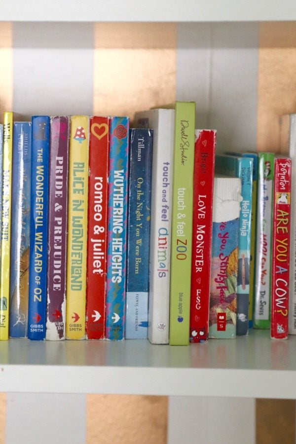 Do you find that you struggle to keep your home clean and organized? Are you always decluttering, only to start over again a few months later? Then maybe the KonMari method is for you! This post will show you how to use the tips and tricks from The Life-Changing Magic of Tidying Up to get your books clean and organized, once and for all! There's even a free printable checklist for the entire KonMari method, so you can be sure you don't miss a thing!