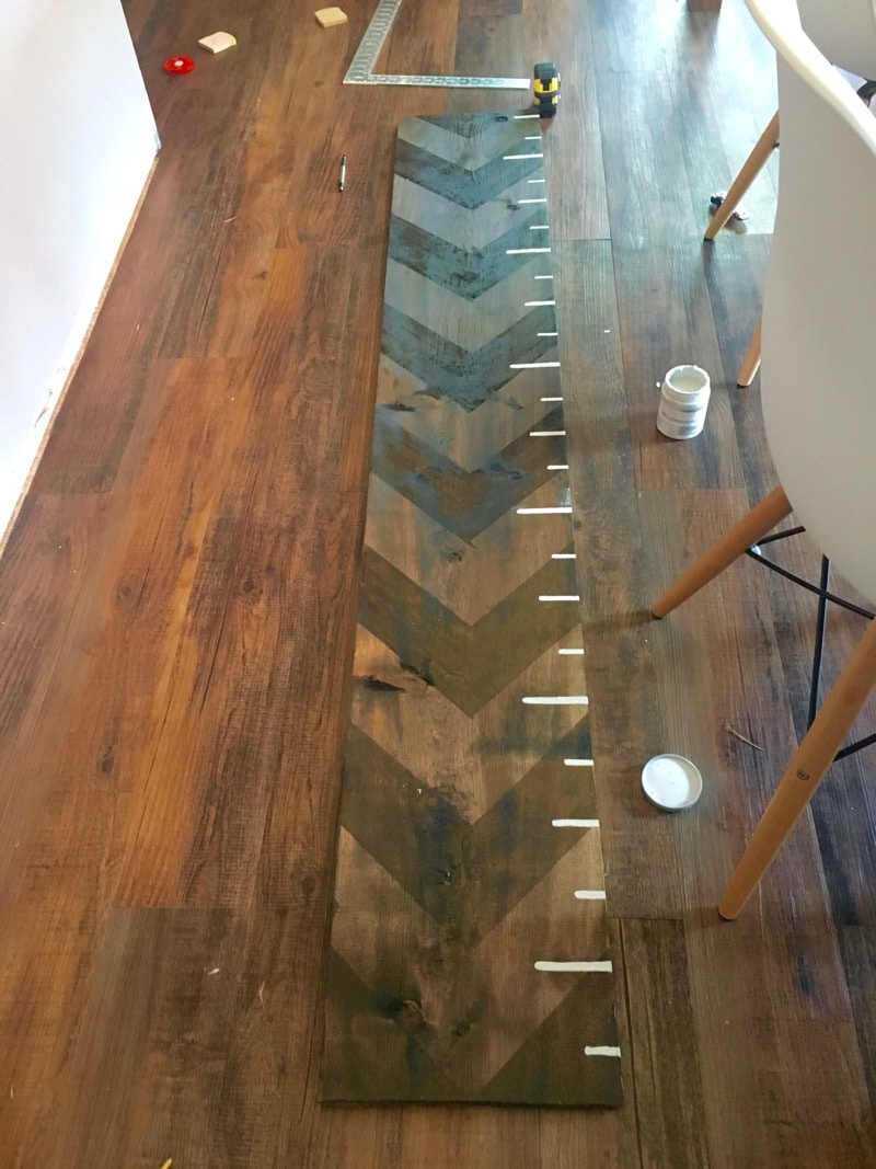 Ruler markings for growth chart