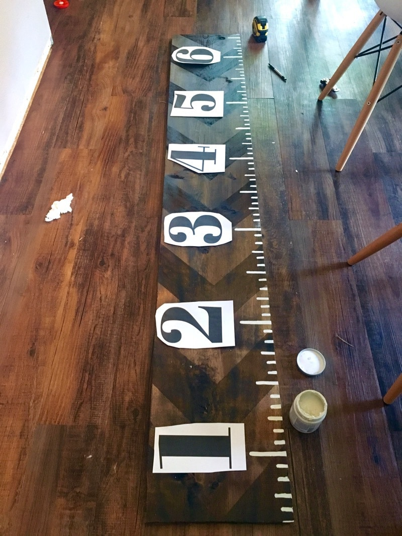 Adding numbers to growth chart ruler