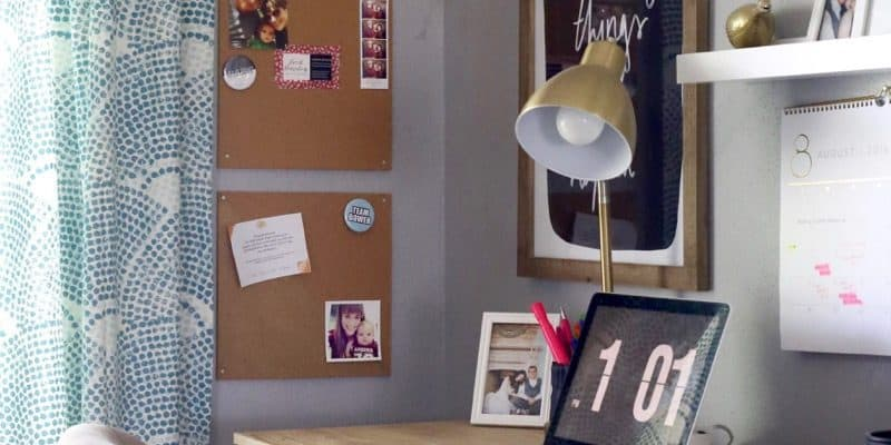 I had no idea it was so easy to make your own inspirational pin board! These little cork boards are only $10 and you can use them to create such a pretty space to hang your inspiration and keep your desk organized. Genius!