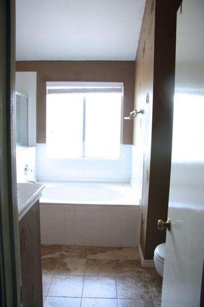 DIY bathroom remodel: before photo