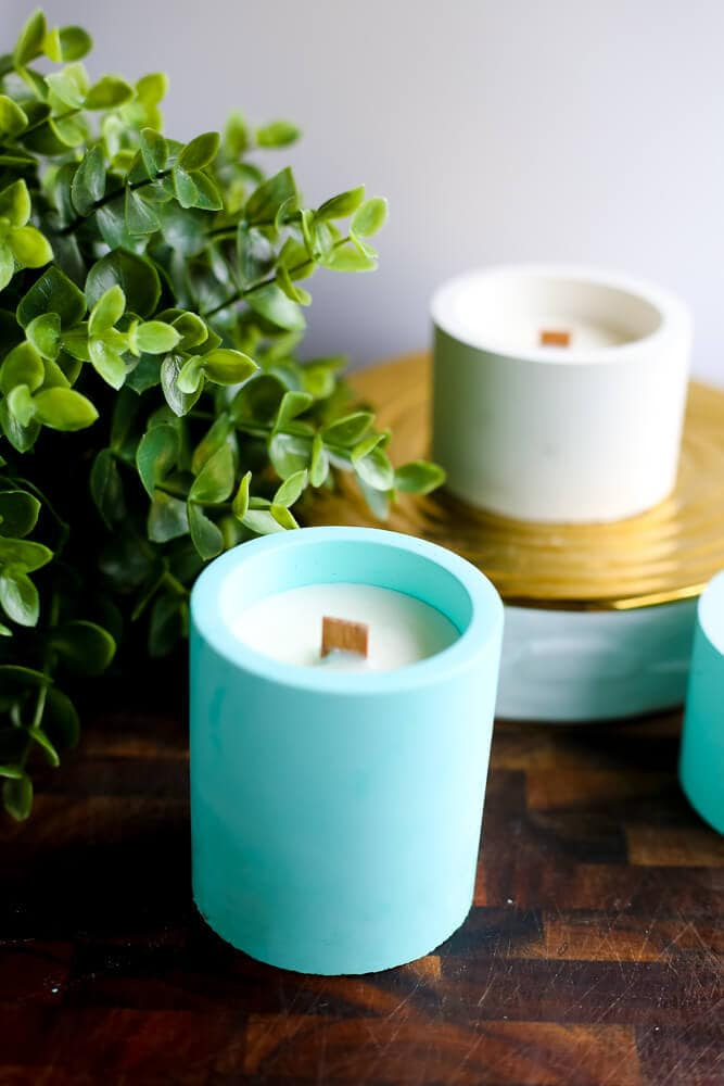 A really quick and easy tutorial for DIY candles and candleholders. It's really easy to make your own candles, and these even have wood wicks!