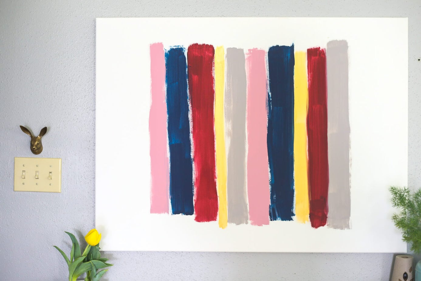 DIY brush stroke art - this is SO easy and you can do it even if you aren't creative at all.