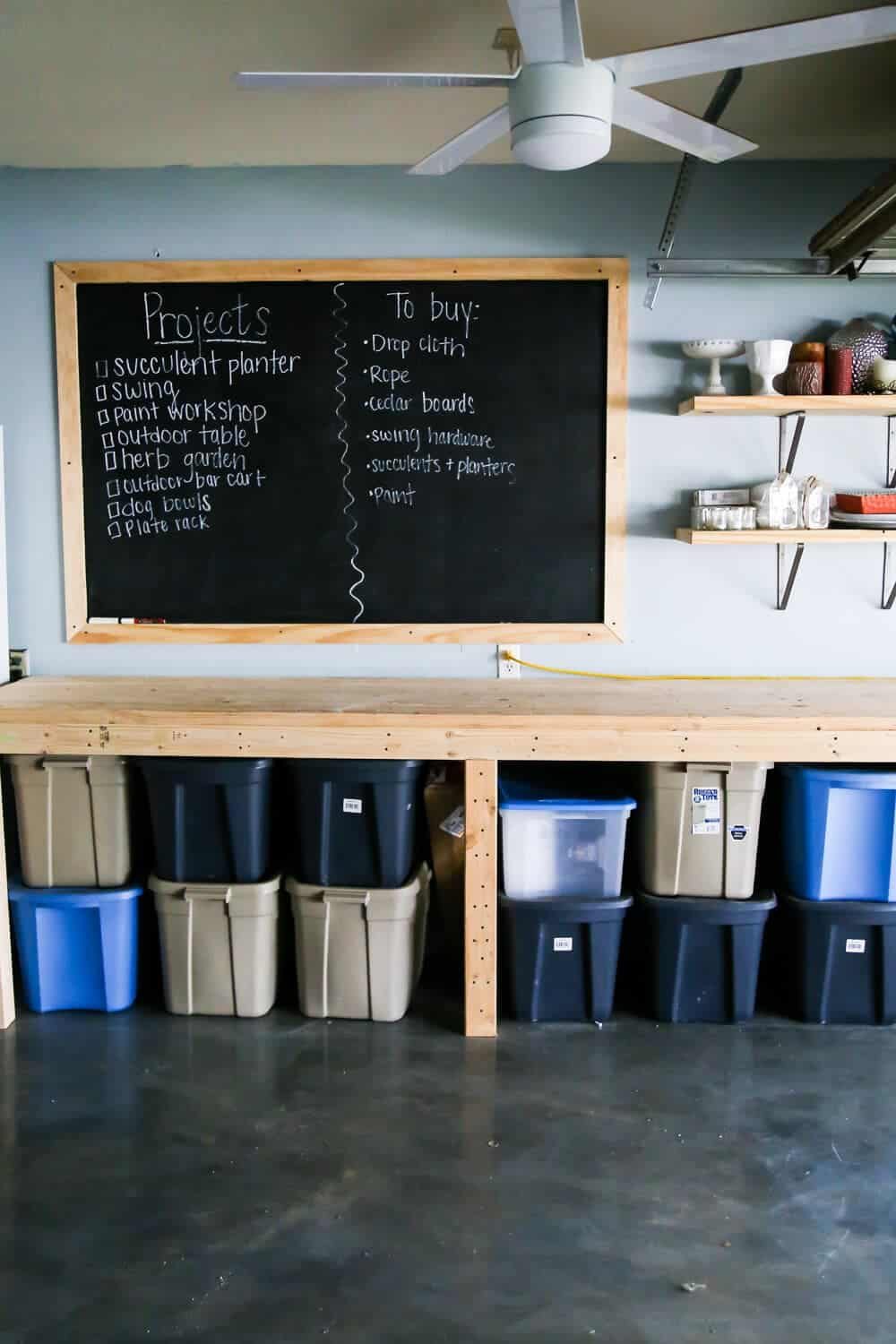 How to create a large-scale chalkboard on a wall in your home