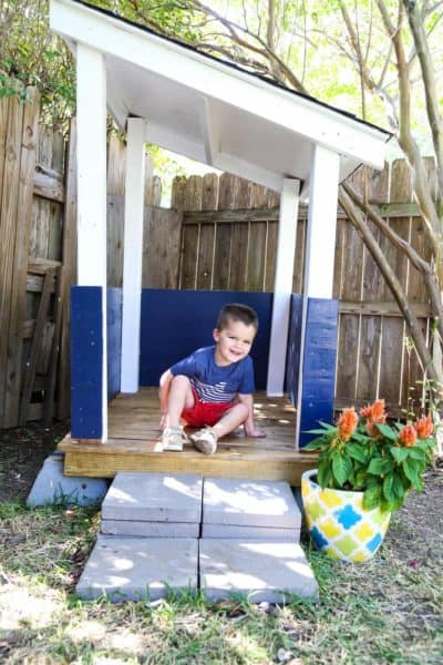 How to build an adorable backyard playhouse for your toddler or child. It's affordable, easy, and such a fun addition to your backyard!