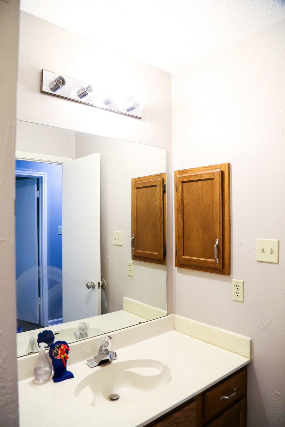 Cleaning bathroom walls before painting - This Entire Transformation Came Together With Just A Few Simple Projects We Painted The Walls We Painted The Cabinets And Replaced The Counter