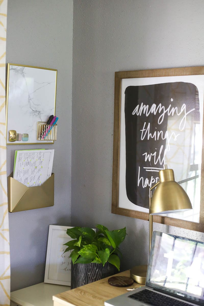 I love everything about this simple and organized family command center - so many great ideas for getting your family organized!