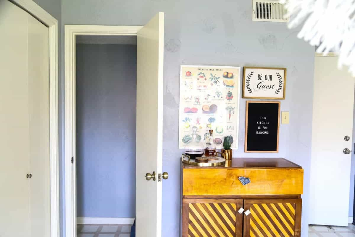 This powder room is going to get a total makeover in just four weeks and for only $100! See the before images and learn what the plans are here.