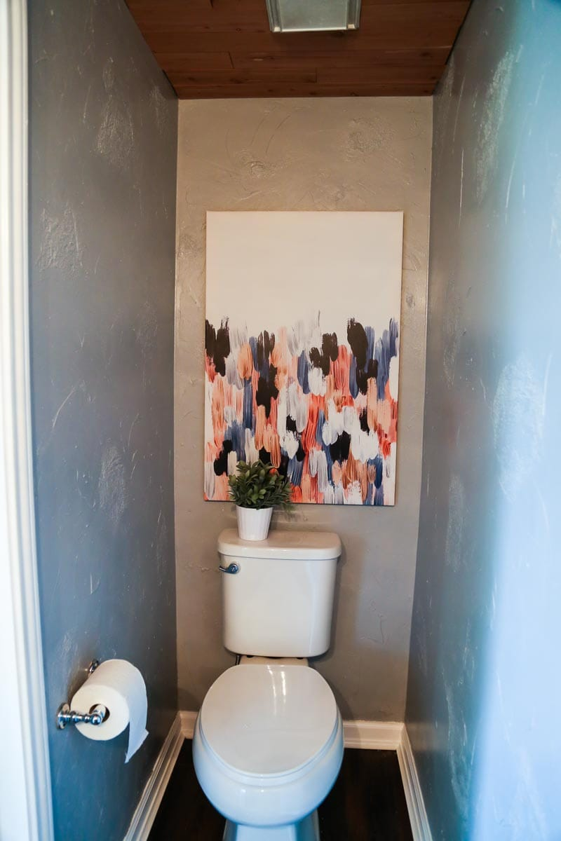 $100 Room Challenge - A quick powder room makeover