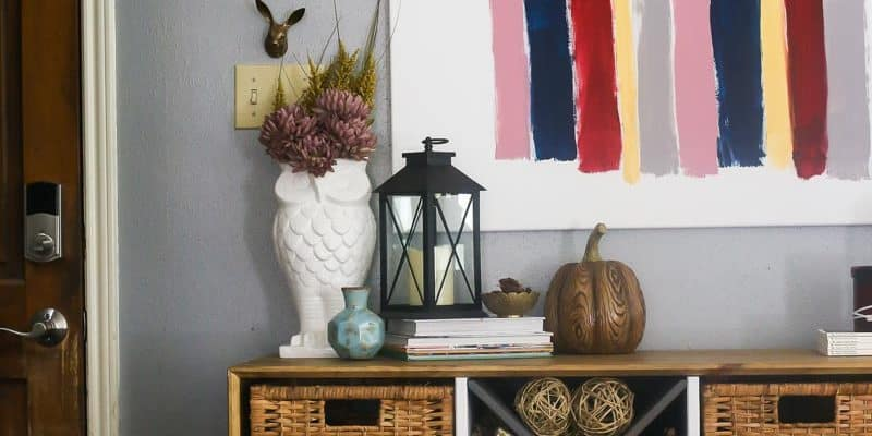 Tips for decorating your entry table for fall