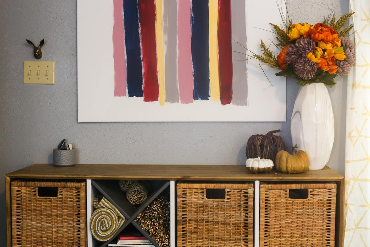How to style a fall entryway table