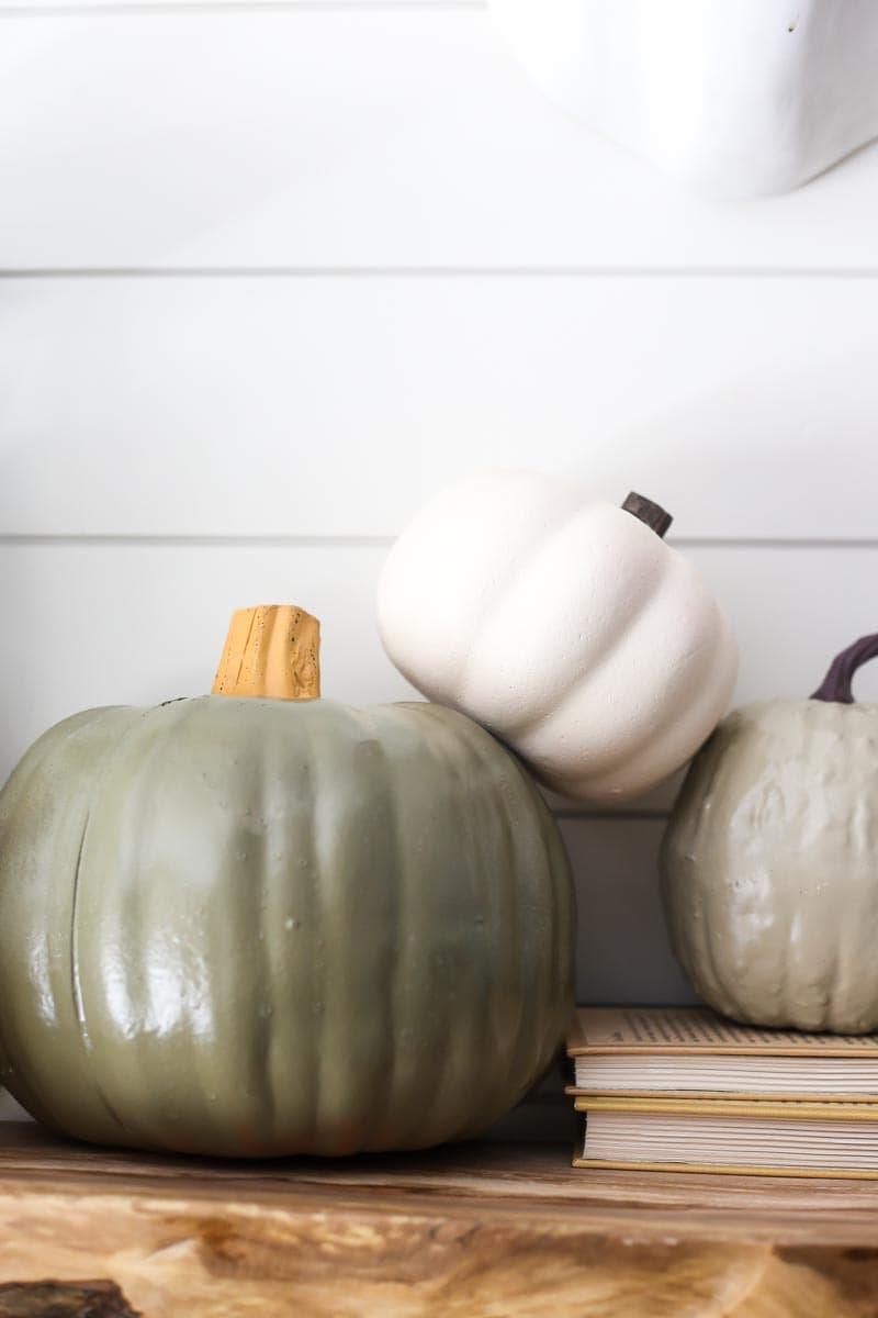Fall decor - easy DIY painted faux pumpkins