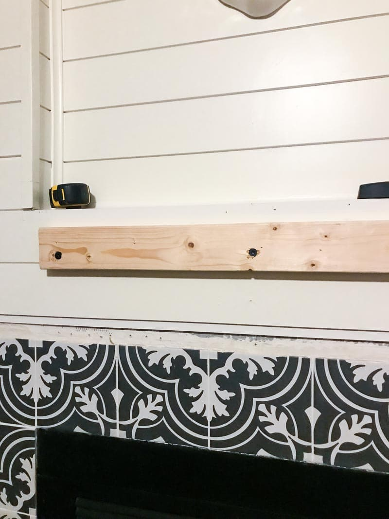 How to build a gorgeous DIY rustic wood mantel