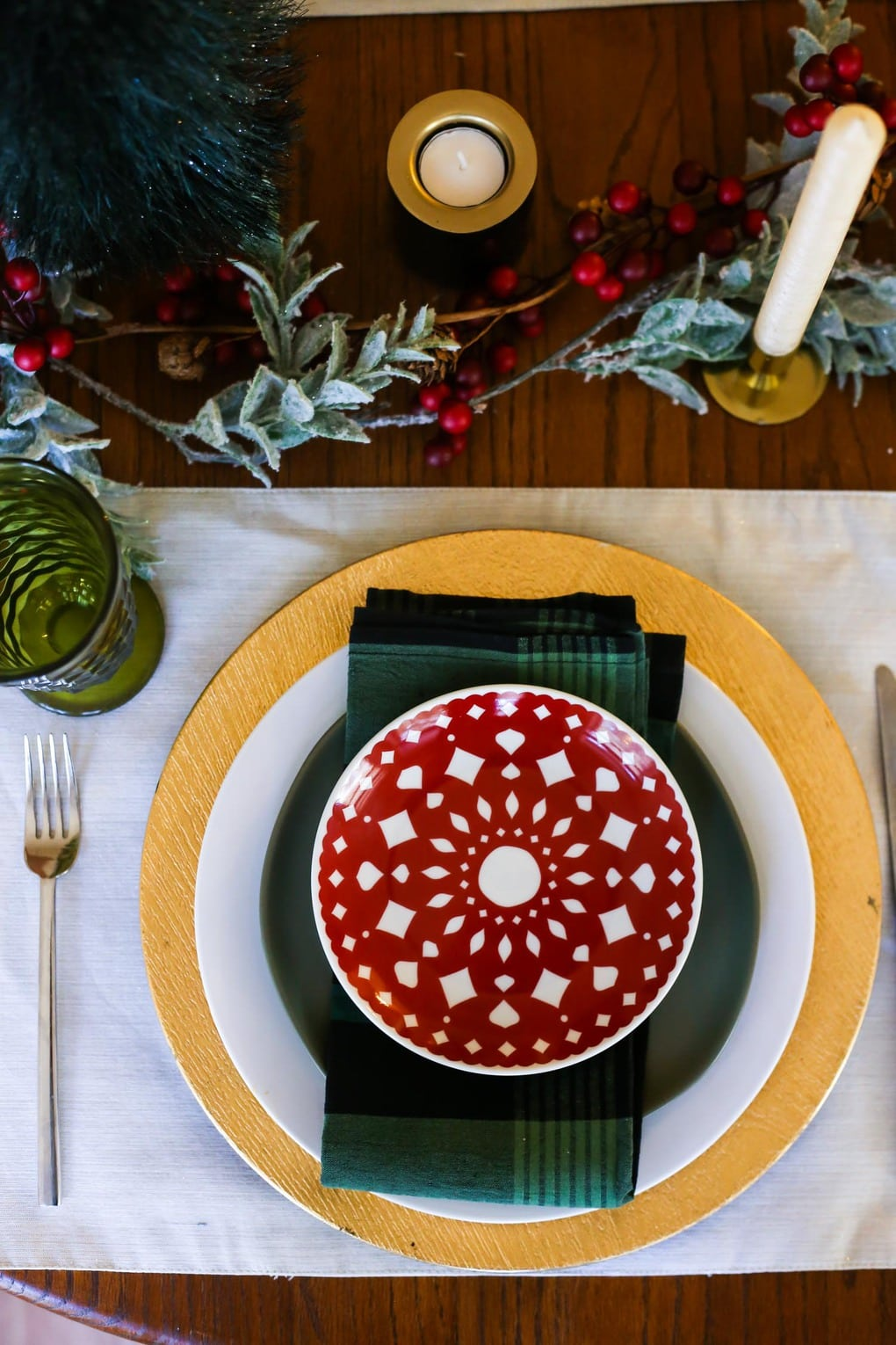 A pretty, traditional red and green Christmas table