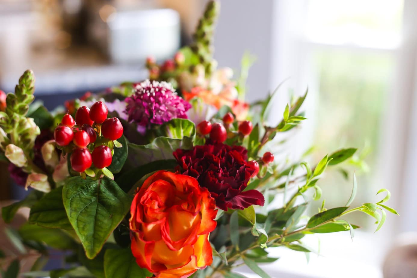 Flower arrangement tips back to basics love renovations tips for creating a simple and beautiful fall floral arrangement izmirmasajfo
