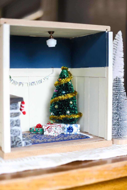 Easy DIY miniature Christmas room