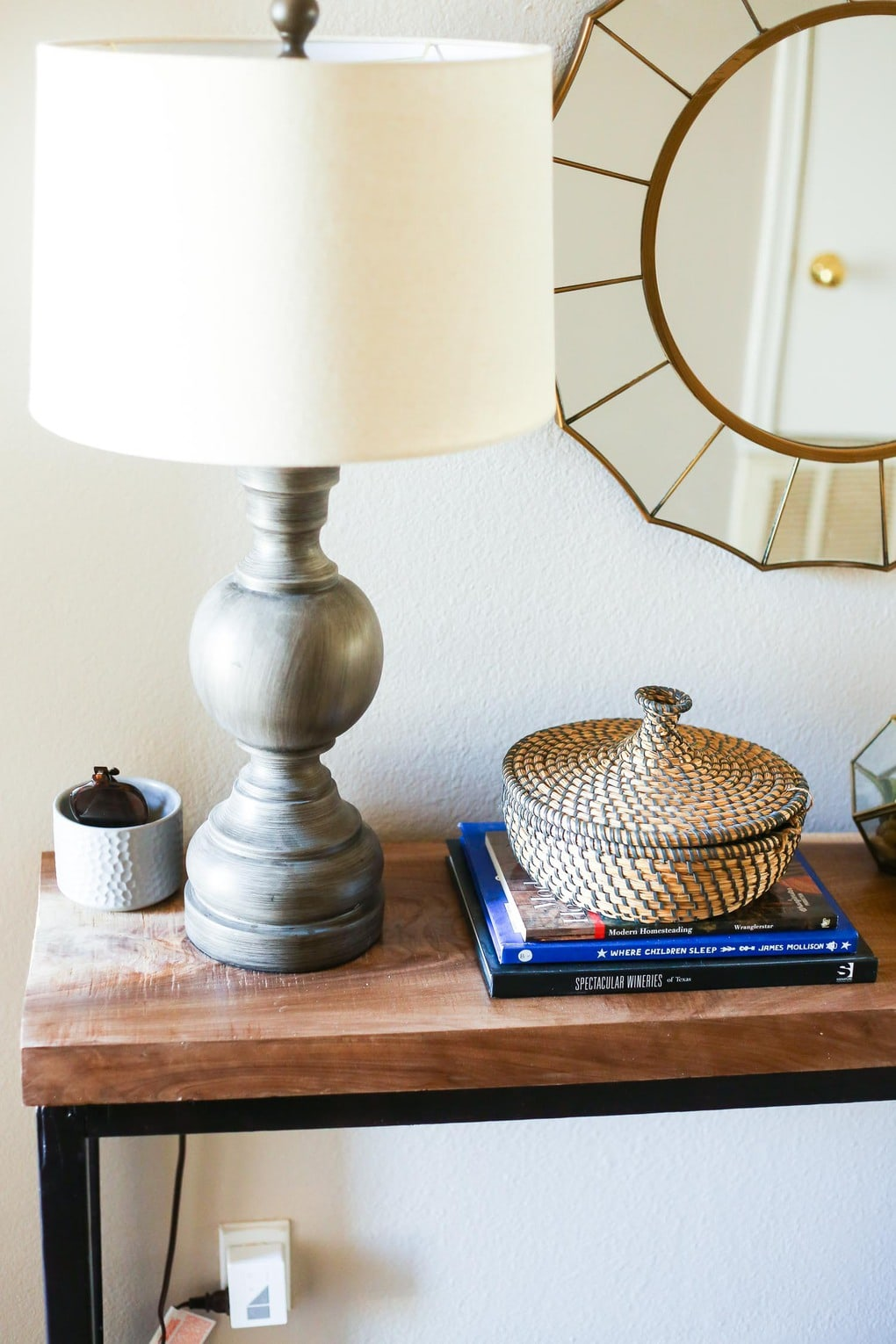 DIY console table with lamp and accessories