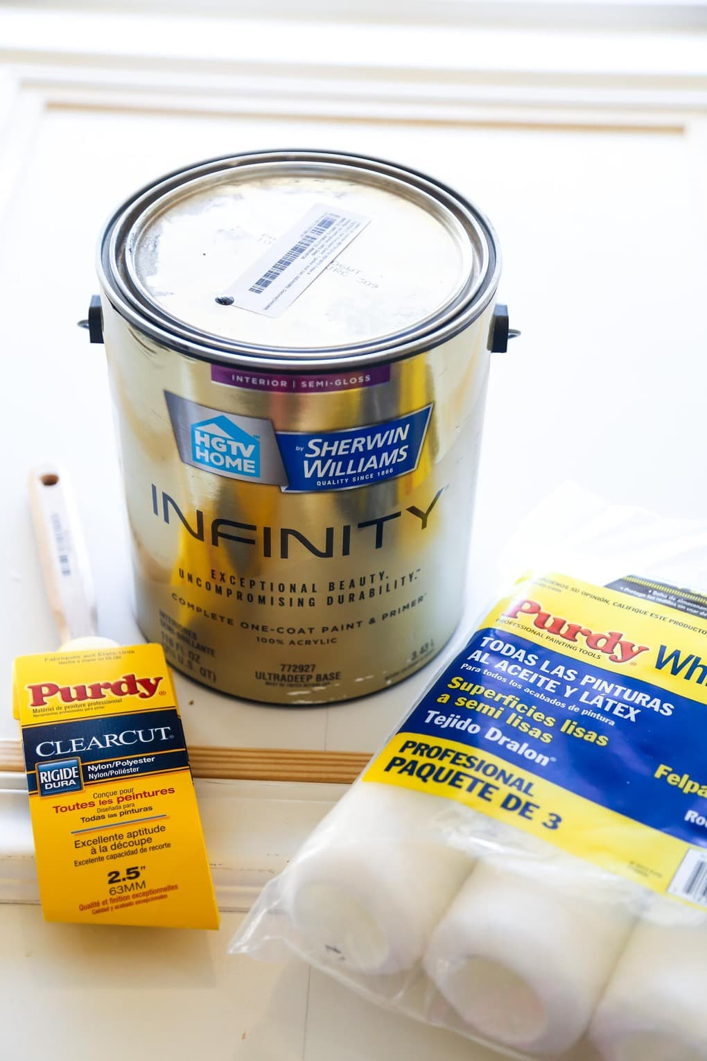 Paint for DIY paneled door