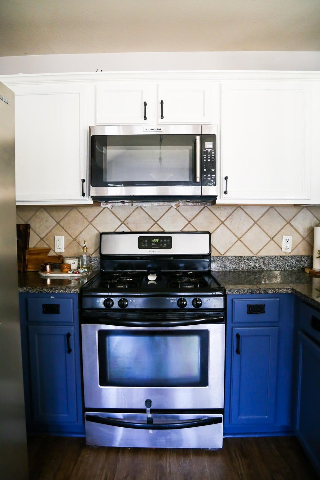 What Kind Of Paint Should I Use On Kitchen Cabinets