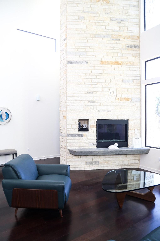 A tour of a midcentury modern development in Austin, Texas