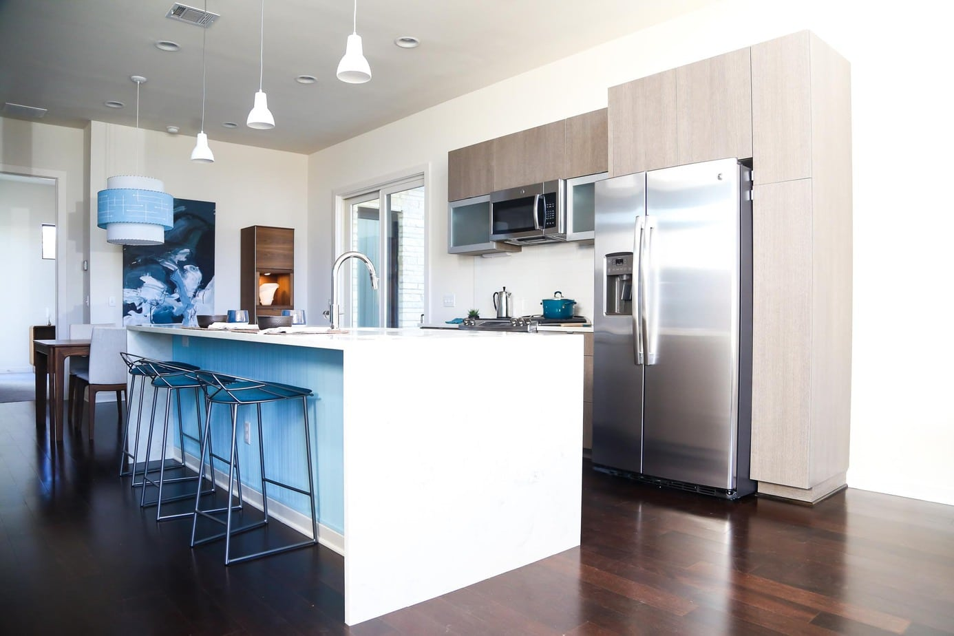 Starlight Village Homes - midcentury modern kitchen design
