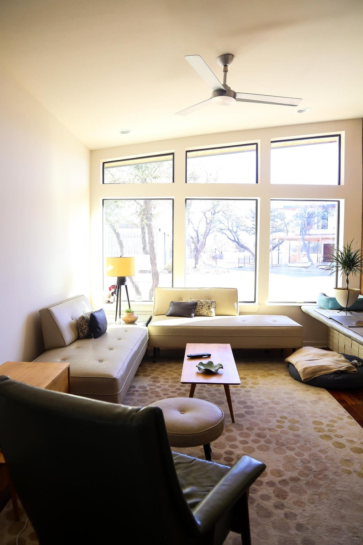 Midcentury modern home design in Austin
