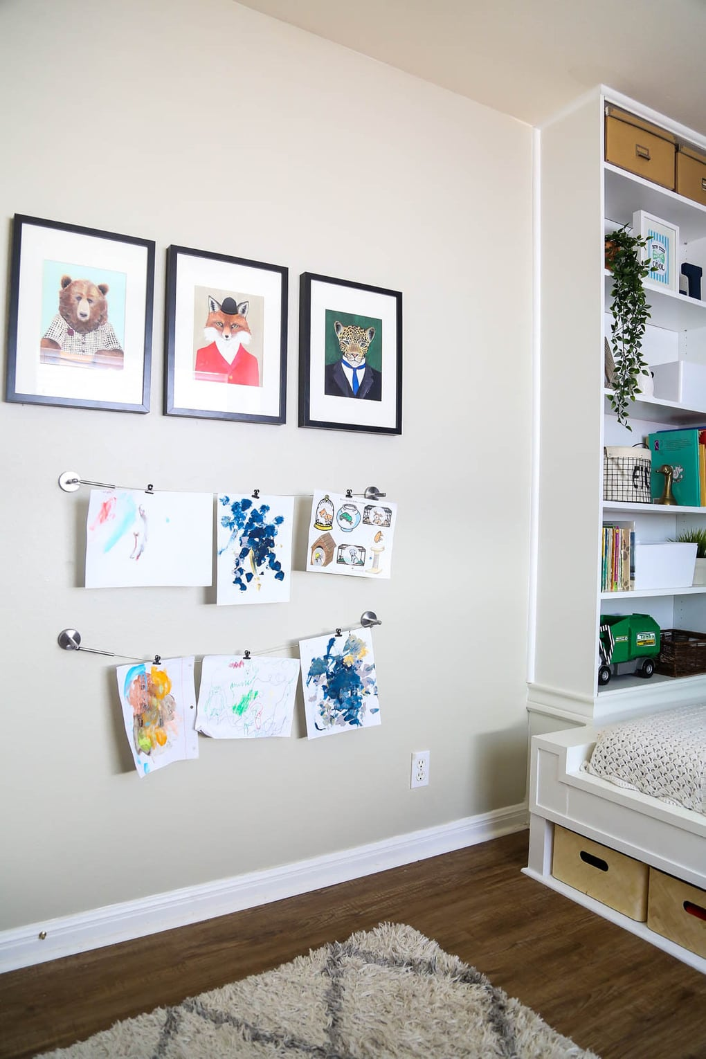 Easy way to display kids art with IKEA curtain rods
