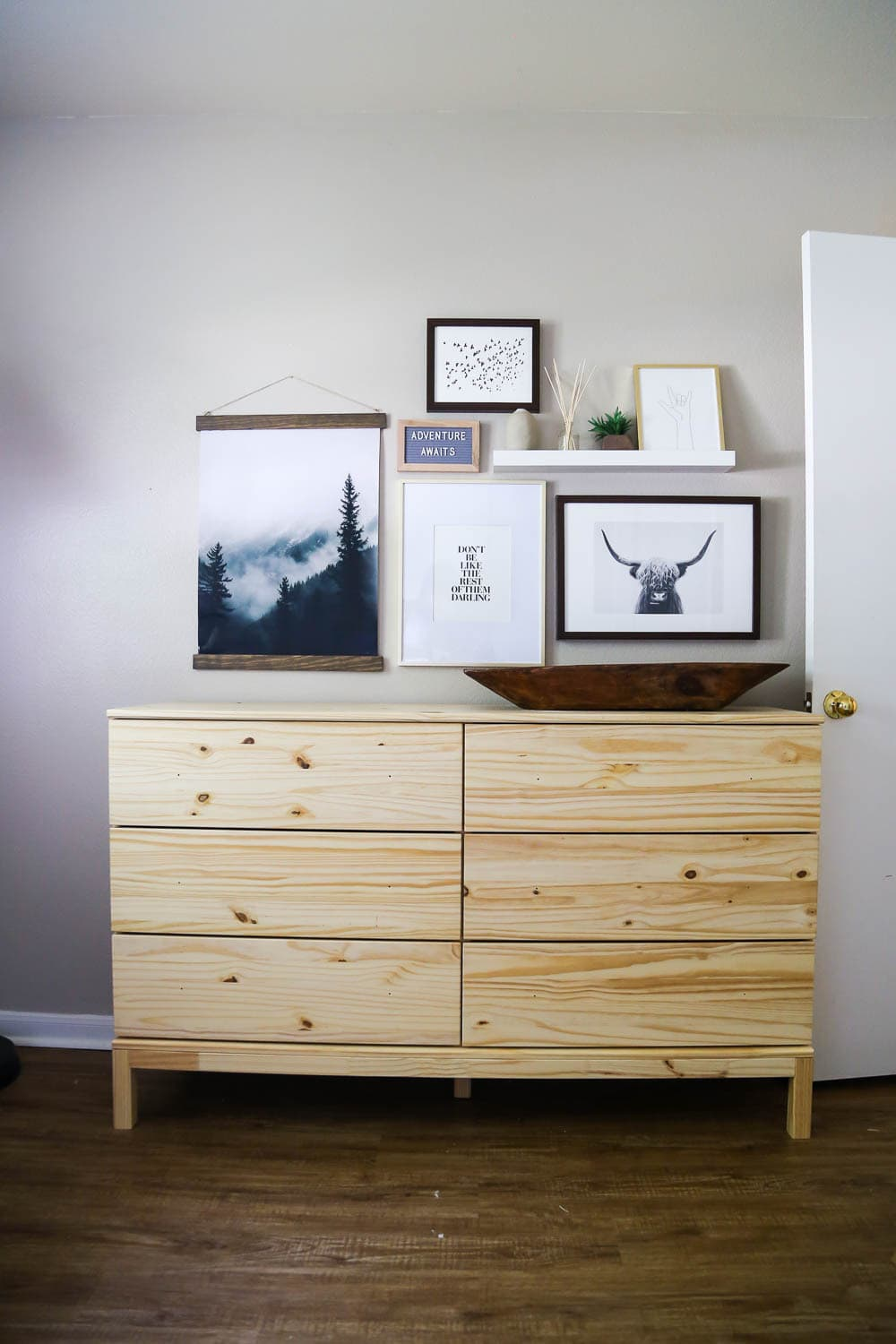 Easy nursery gallery wall