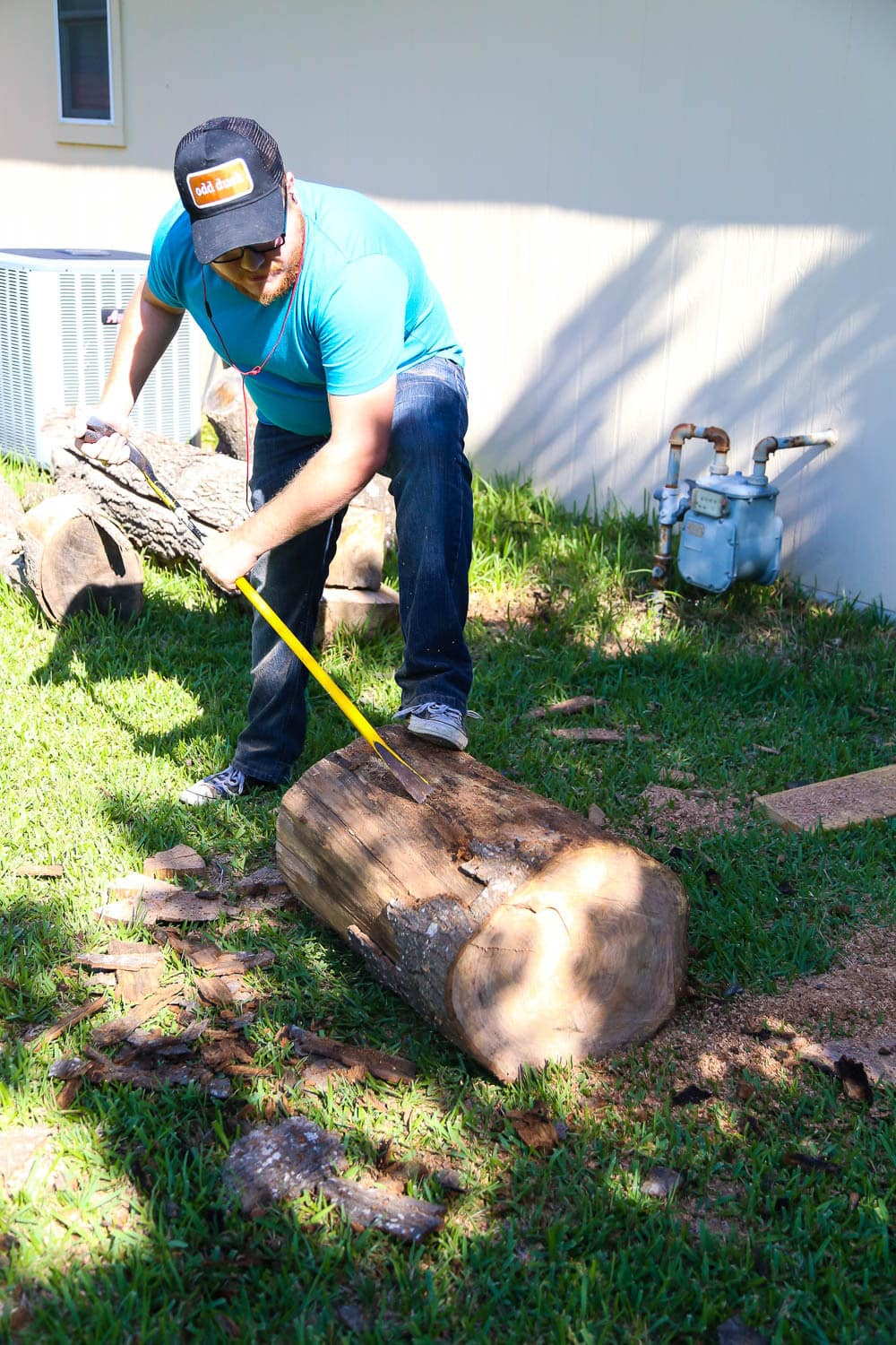 making a tree stump side table