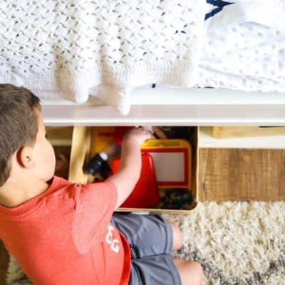 tips to keep a kids room organized