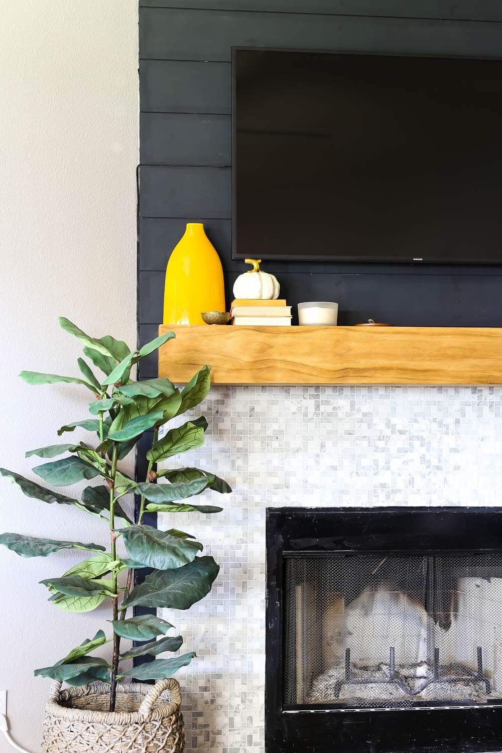 shiplap fireplace makeover