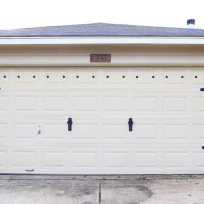 garage door makeover after