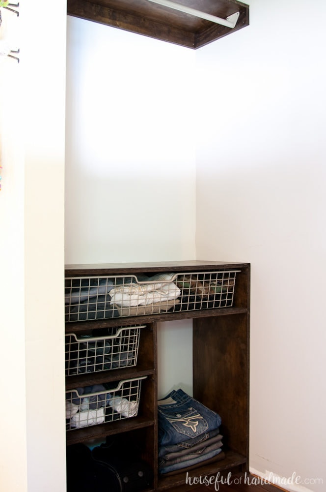 closet with easy DIY shelving