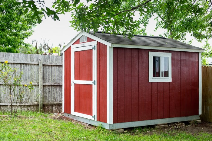 barn red outdoor storage shed