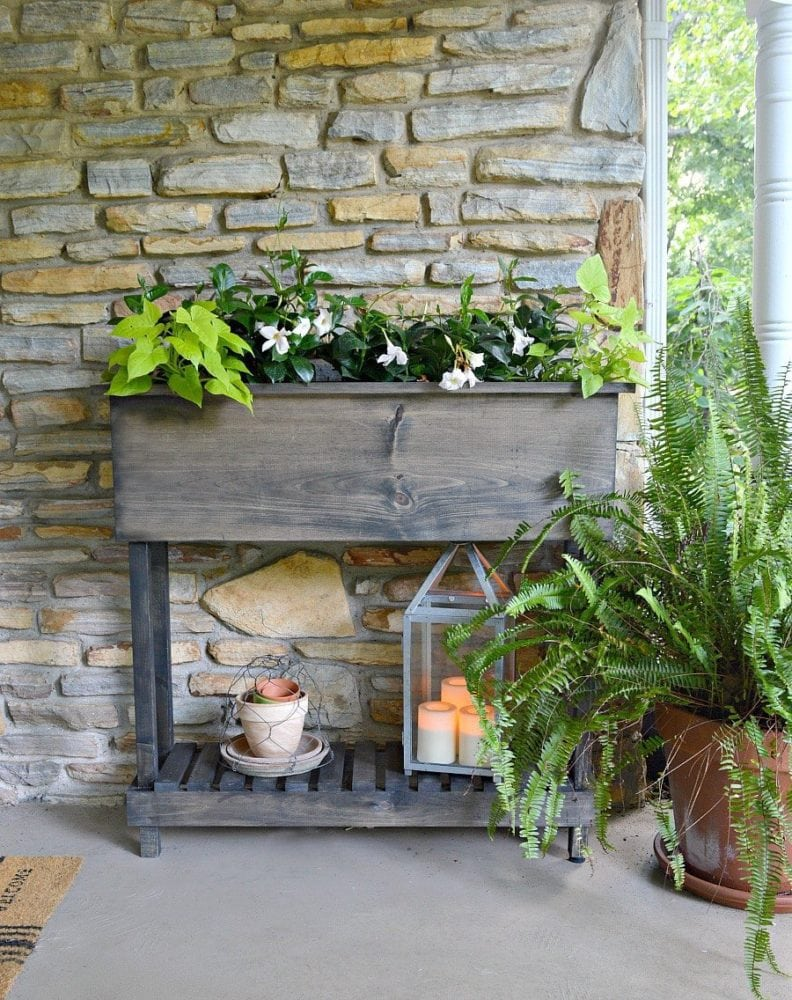 DIY outdoor planter box