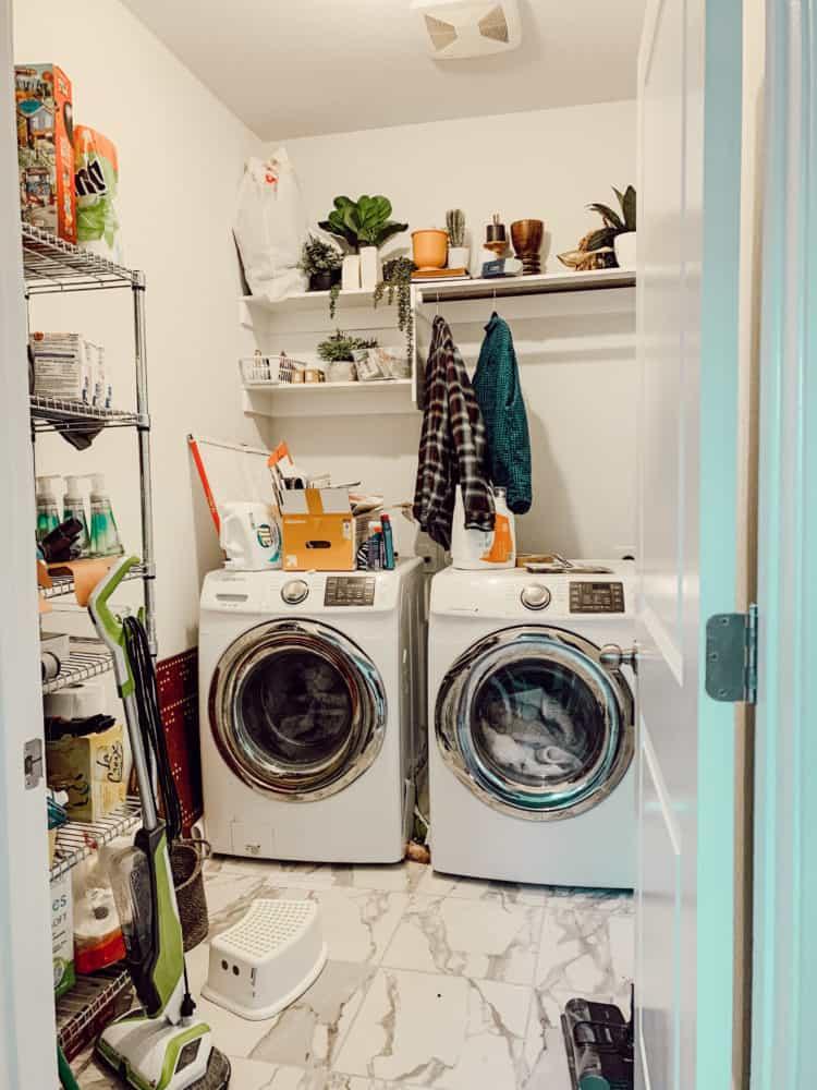 laundry room before renovation