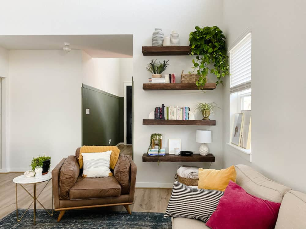DIY floating shelves with plants